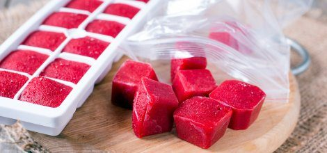 Refreshing and tasty ice cubes