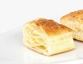 Small phyllo pastry