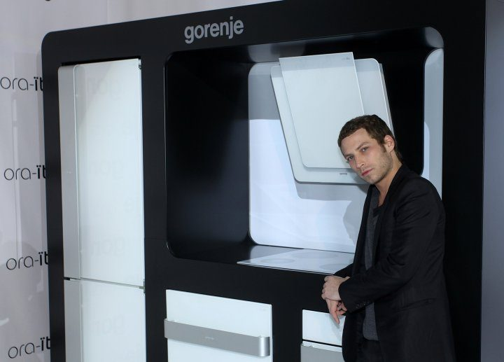 gorenje ora to white collection in croatia gorenje group. Black Bedroom Furniture Sets. Home Design Ideas