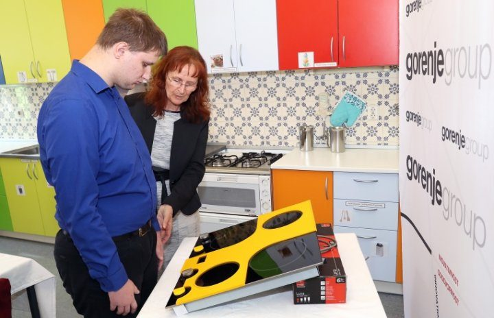 Gorenje donates a cooking hob adapted for blind and partially sighted persons