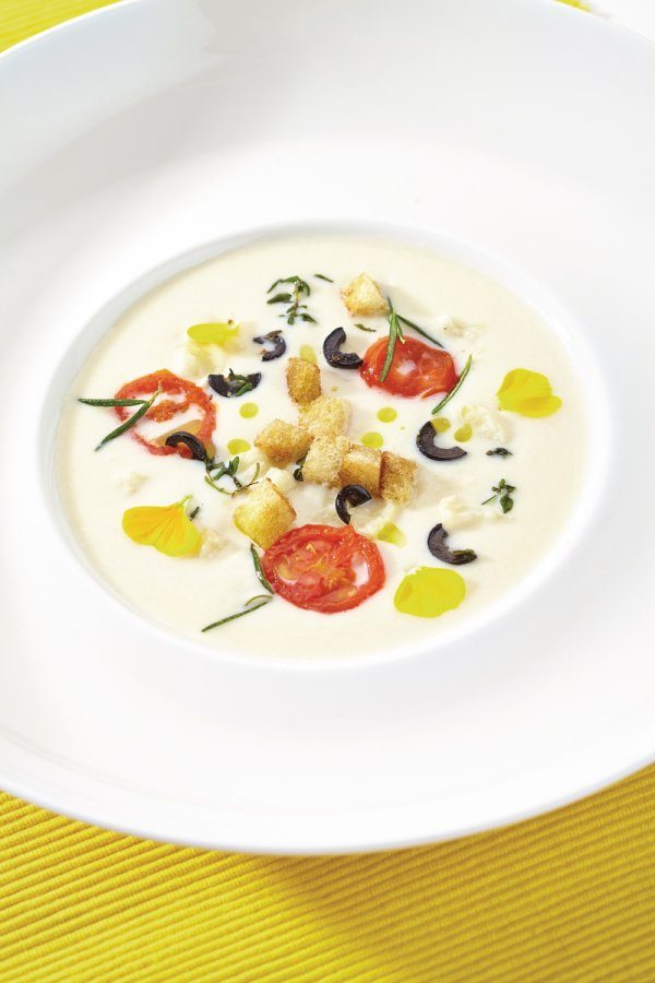 Cauliflower soup with olive crostini