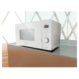 Mocrowave oven from Gorenje's new Simplicity Collection