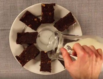 #SimpleFacts – No-bake brownie