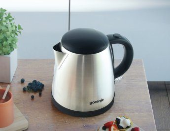 Kettles and coffee makers