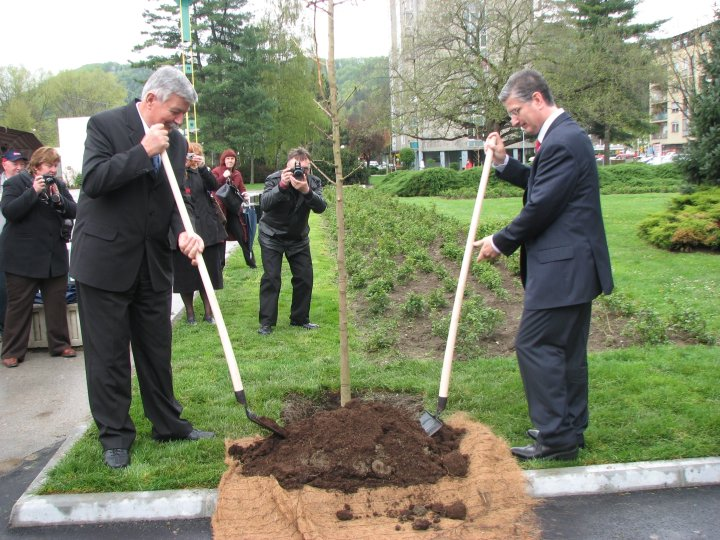 Gorenje donated 21 trees to the citizens of Velenje on the Earth Day