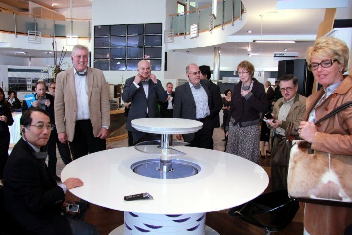 Ambassadors visiting Gorenje admired the SmarTable