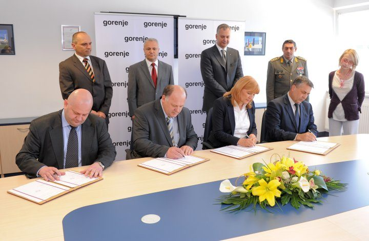 Gorenje signs an agreement with the Serbian government to extend the Valjevo plant