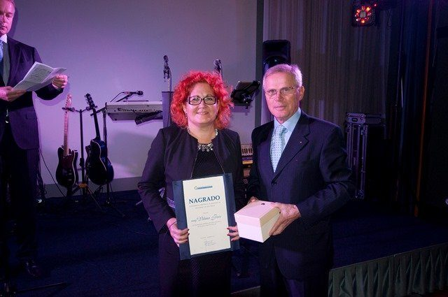 Vilma Fece receives the Slovenian Quality and Excellence Association award