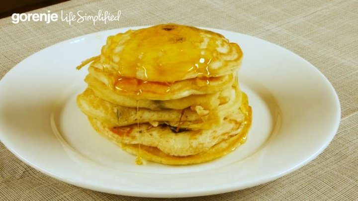 #SimpleFacts – Blueberry Pancakes with Golden Syrup