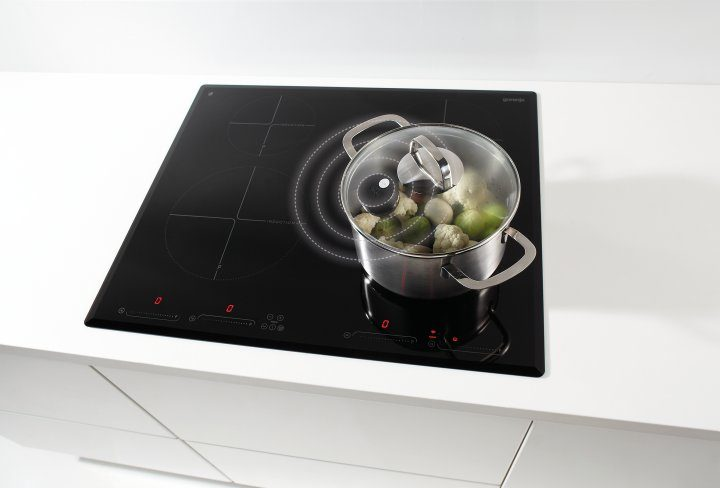 IQcook cooking hob at the 15th Business Conference in Portorož