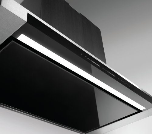 LED: Plus for excellent view of the cooking hob
